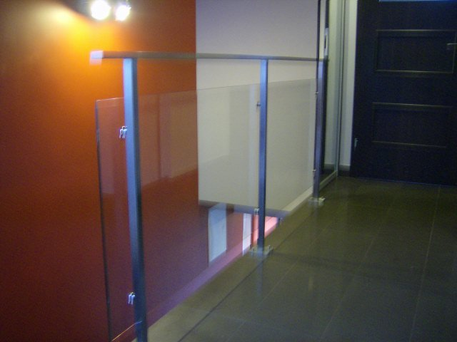 balustrady-szklane-gora
