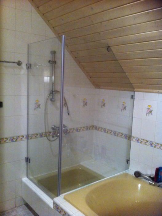 kabiny-prysznicowe-na-wymiar-papugi
